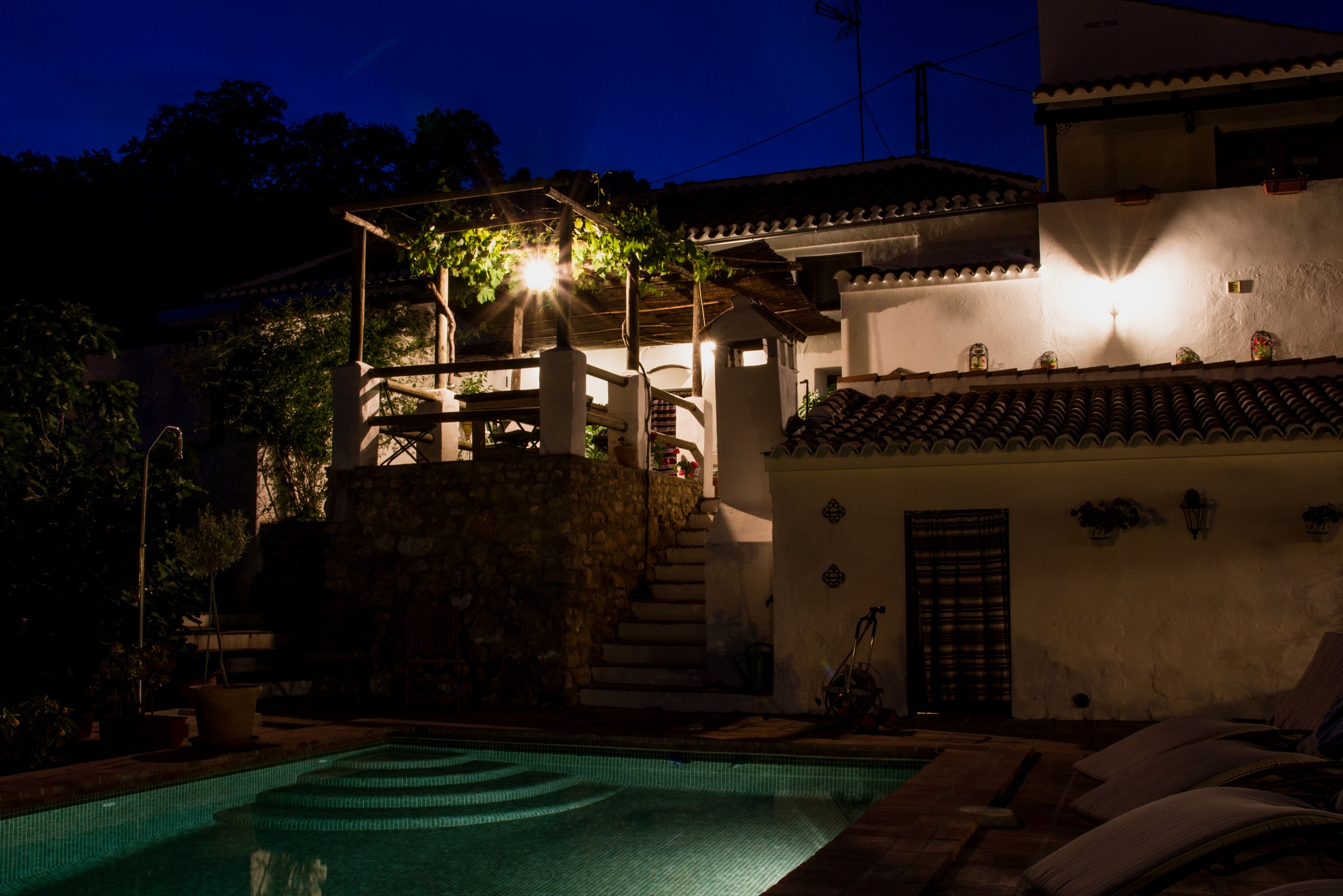 gourmet bed & breakfast in andalusia, night view